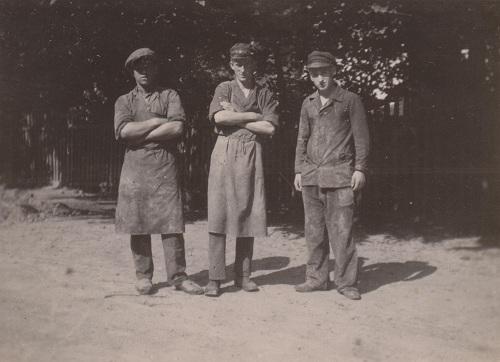 1932_06