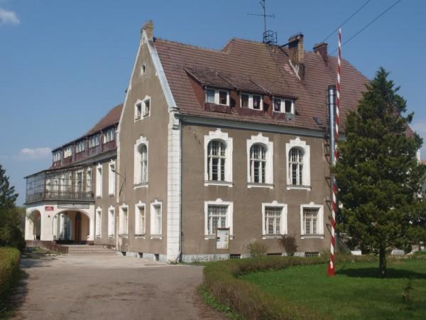 800px-Pałac_(Kamienny_Most)
