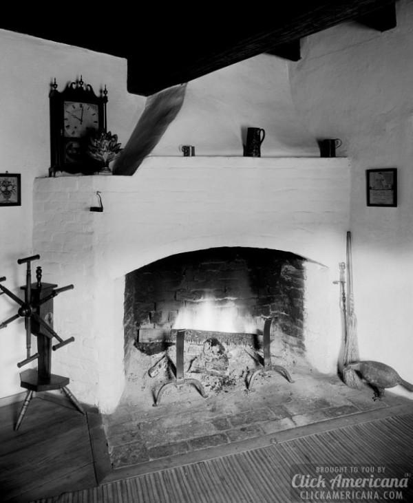 1938-Chimney-House-113-Walnut-St.-Winston-Salem-Forsyth-County-North-Carolina-620x755